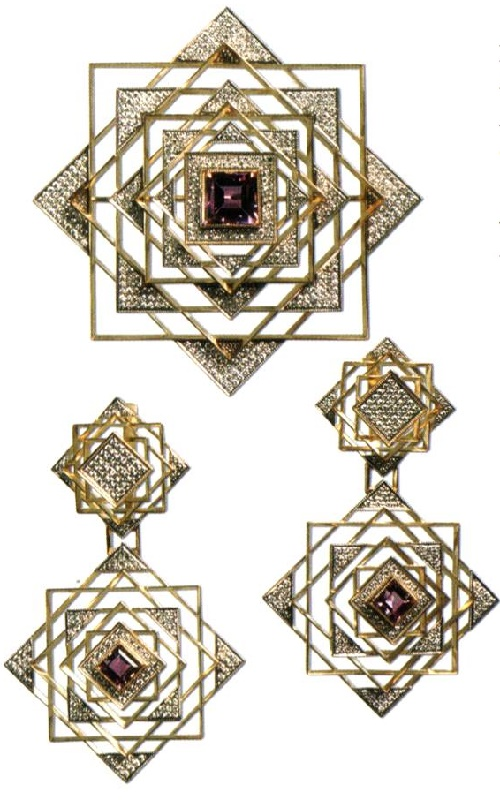 Set decoration 'White Square'. 2000 Yellow gold, diamonds, amethysts. Kostroma Jewelry Factory. Author I. Shed, artist Dmitry Sorokin