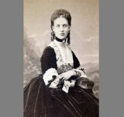 Alexandra, wife of King of Great Britain Edward VII. Eternally Fashionable Precious choker
