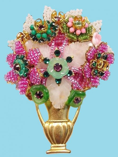 Exquisite floral brooch