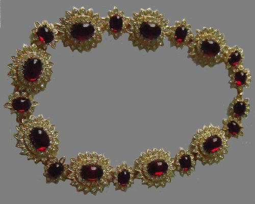 Red clear crystals gold plated moghul jewels opulent sparkling vintage necklace