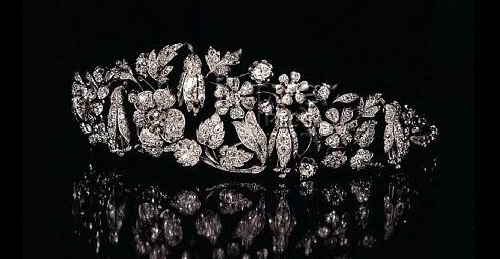 Jewellery of diamonds sold at auctions