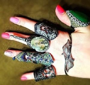 Ring crazy