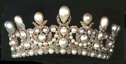 Pearl and diamond tiara