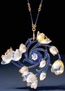 Lalique C1905, Art Nouveau Jewellery made in vitreous enamelling technique Plique-a-jour