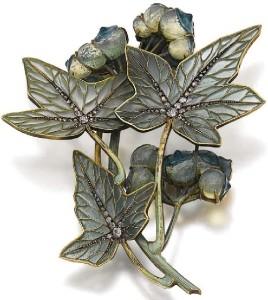 Lalique 1900 Jewellery made in Plique-a-jour technique