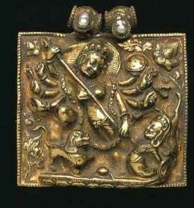 Durga killing Mahishasura, gold amulet box adorned with pearl