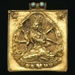 Precious amulet box adorned with the image of Buddhist dieties. Nepal-Tibet. Gold, turquoise