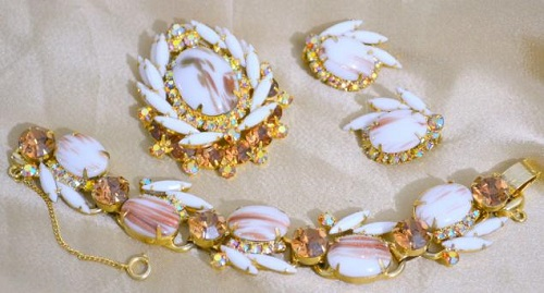 Juliana Vintage jewellery