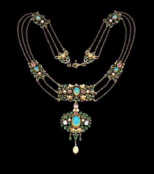 Necklace, 1913. Gold, diamonds, opals, pink tourmalines, emerald pastes, & pearls