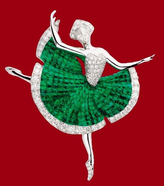 Ballerina clip. White gold, emeralds, diamonds