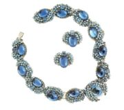 Blue Necklace and earrings, Robert F. Clark. Rock crystal on silver-coated metal. 1965. £ 800-900