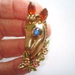 Roger Van S vintage costume jewelry