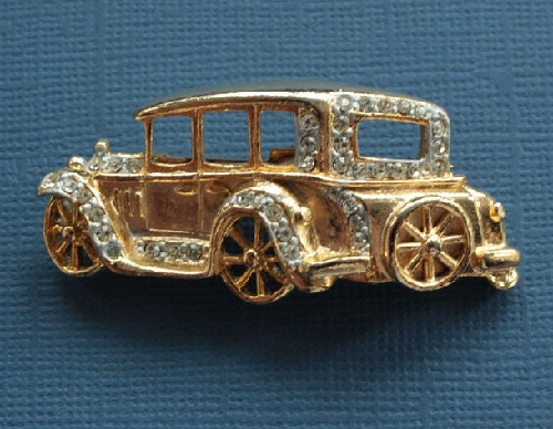 1980s Car brooch