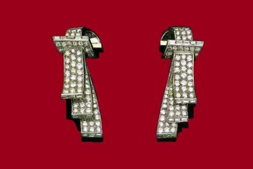 A pair of diamond clips. Around 1935