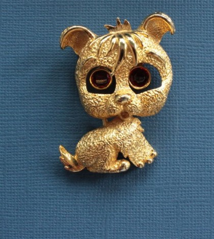 Puppy brooch. 1980s. Eyes not fixed and dance with any movement