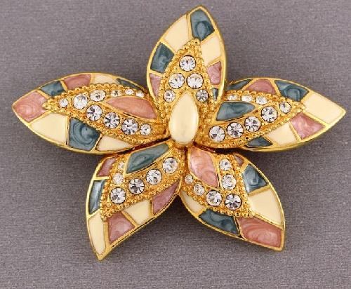 Flower brooch. Enamel, jewelry alloy, crystals