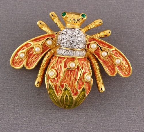 Bee brooch. Jewelry alloy, crystals