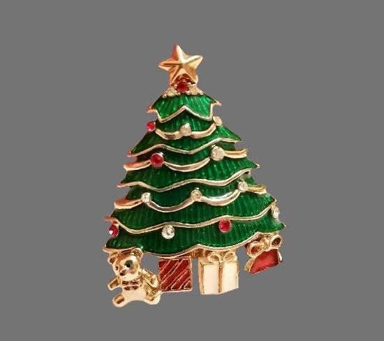 Christmas tree brooch. Gold tone alloy, enamel, rhinestones. 5 cm. 1980s