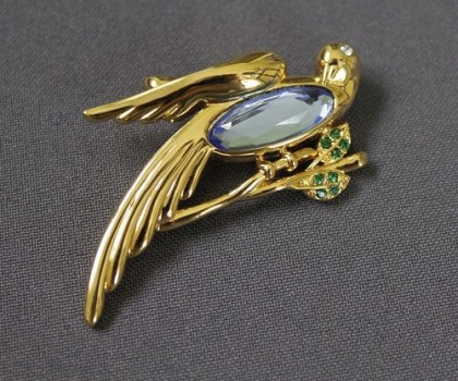 Bird brooch. 1970s. Vintage Monet Jewellery