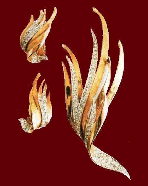 Plant earrings and brooch. Gold-plated metal, rhinestone. 1950's. Brooch 10 cm, Earrings 3.75 cm £ 70-85