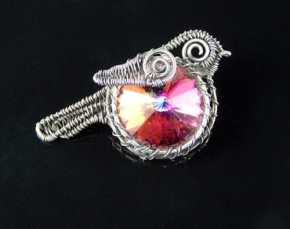 Huan Pham wire work jewellery
