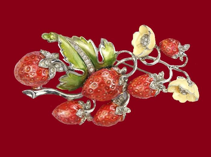 Strawberry enameled vintage brooch