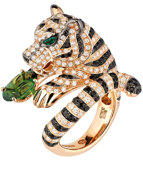 7de94fe3d42634 Tiger ring. Boucheron Bestiary Kaleidoscope - Kaleidoscope effect