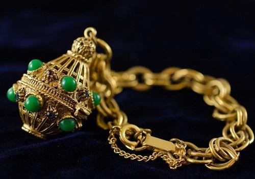 Fabulous Florenza vintage costume jewellery