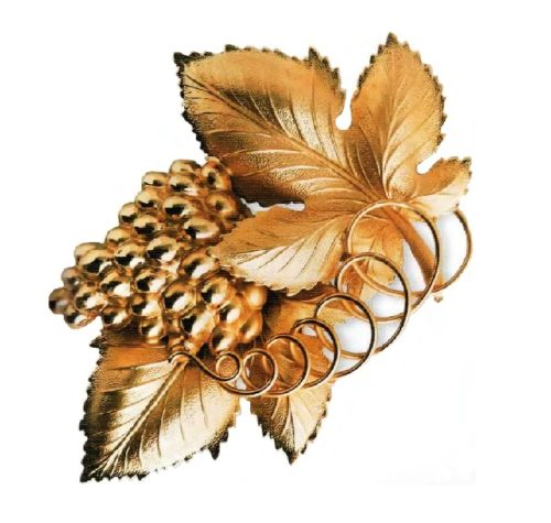 Grape Brooch. Textured gold-plated metal, grapes and spiral - polished gold-plated metal. 1950s 12.75 cm. £ 65-75 CRIS