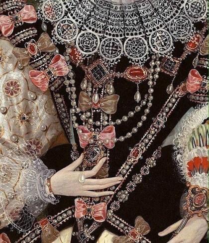 Tudor era dress kaleidoscope