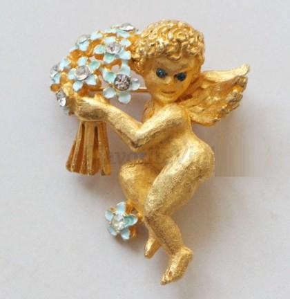 Angel brooch