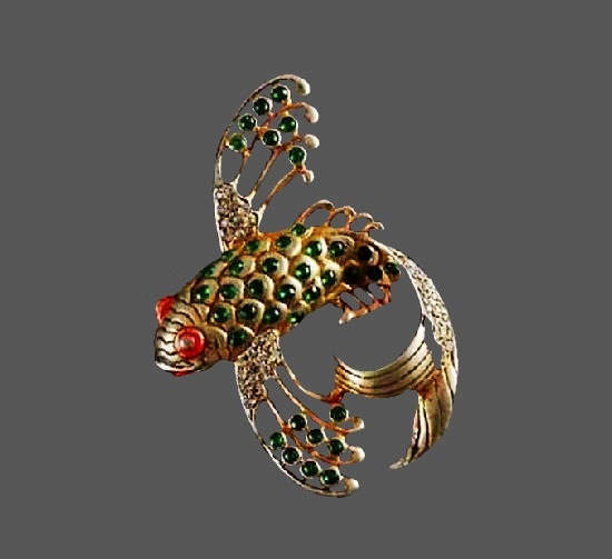 Fish brooch. Gold tone, art glass, rhinestones