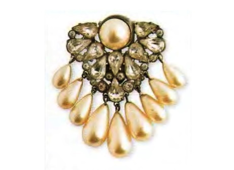 Faux Pearl Brooch. Rhodium-plated metal, Swarovski rhinestone. The end of the 1930s. 7.5 cm. £ 115-150 ABIJ