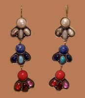 Tricolor Earrings. river pearls, agate, pegmatite, lapis lazuli, turquoise, coral, garnet, ruby, fianit, nickel silver. 8.1 cm