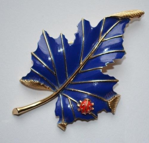 Blue leaf enameled brooch