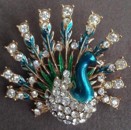 Peacock brooch. Enamel, rhinestones
