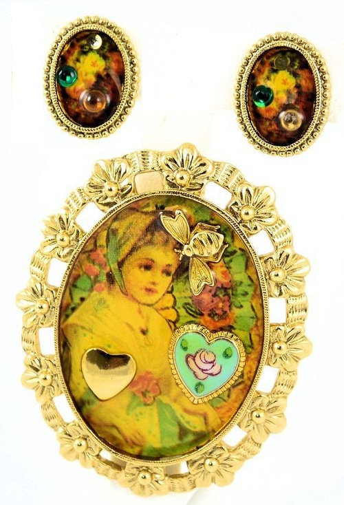 Little secrets brooch and clips