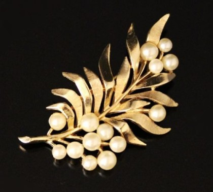 Marked Crown, Trifari vintage brooch