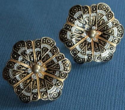 1950-60 Damascene flower clips Spain