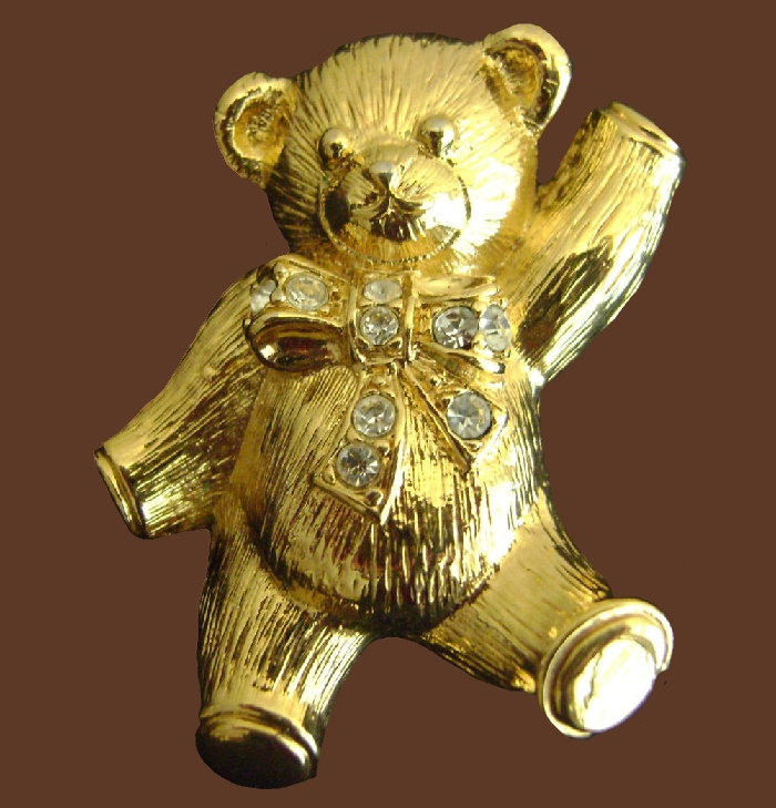 Bear brooch pendant. 4.5 cm. Avon marked