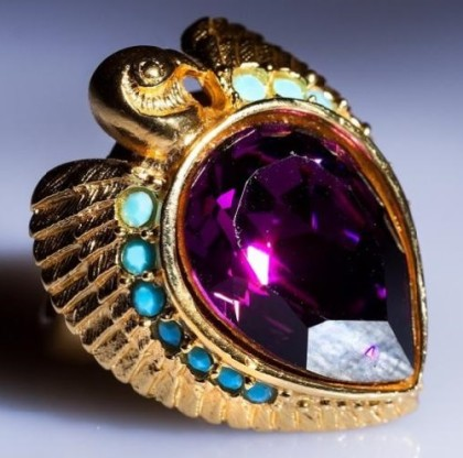 Ring created by Elizabeth Taylor on the grounds of Cleopatra