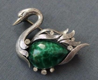 A wild swan, Tortolani, cabochons of 'Beijing' glass