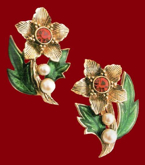 Christmas earrings. Artificial pearls, rock crystal, enamel, metal, gilding. 1980's. £ 15-20 MILB