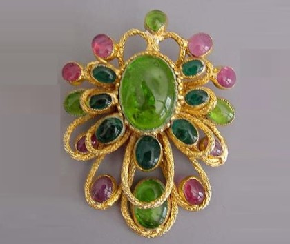 Costume jewellery vintage brooch