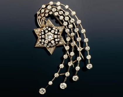 Christmas vintage jewellery