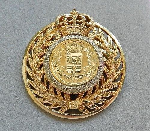 Jerry DeNicola vintage brooch