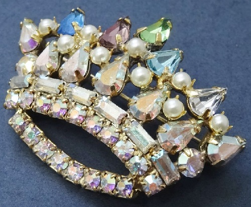 Mother's Crown Pin by B. David