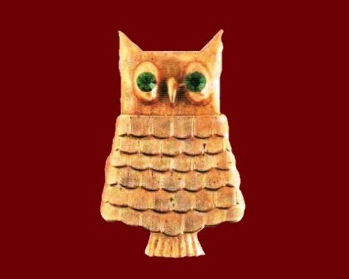 Owl brooch in the form of perfume bottle. Metal, gilding, rhinestone. 1980. 5 cm £ 20-25 MILB