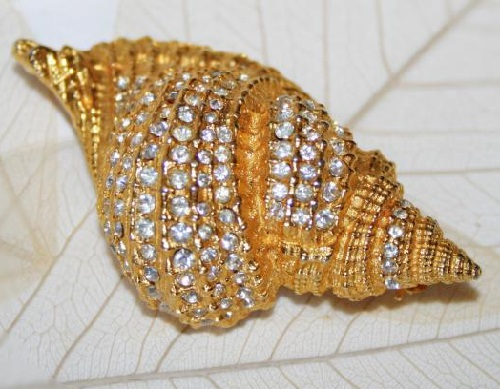 Seashell, 1960s Rare vintage brooch by KJL