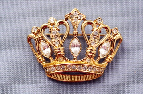 Made on the order of Avon Vintage brooch in the form of a crown. Kenneth Jay Lane
